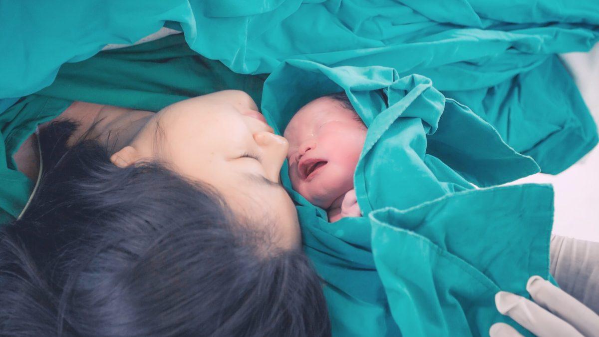 Violencia obstétrica: cómo afrontar la asistencia al parto para evitar malas experiencias