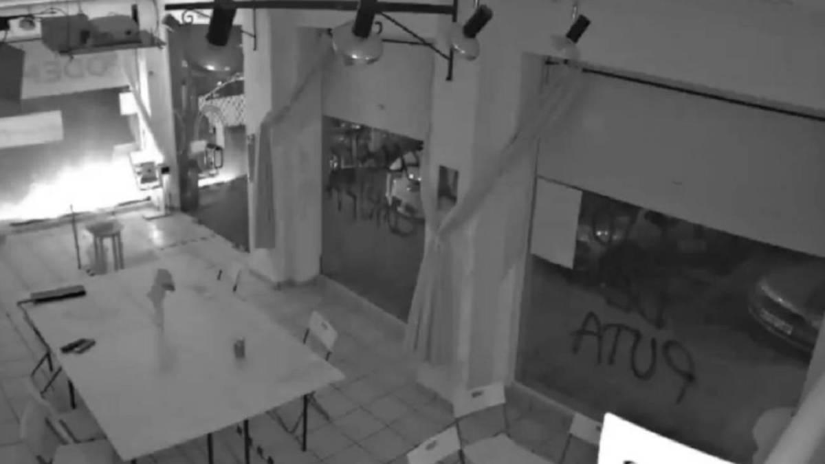«Es un atentado terrorista»: atacan con material explosivo la sede de Podemos en Cartagena