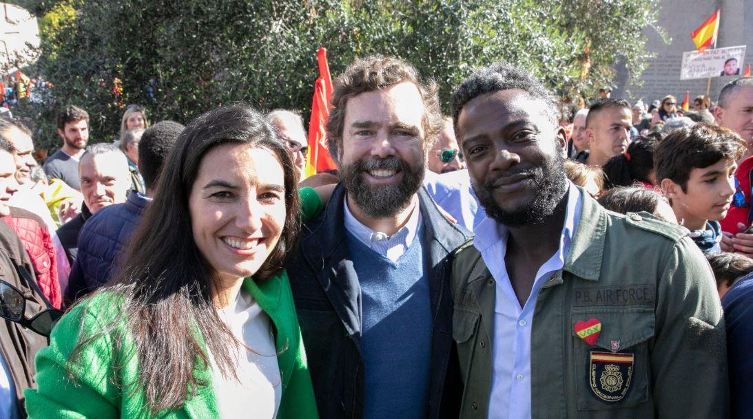 Vídeo | Bertrand Ndongo se da cuenta (por fin) de que Vox es racista