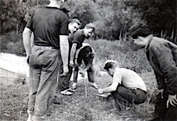 <em>M/S Gatun</em>'s crew members on botany and snake hunting in North Africa.