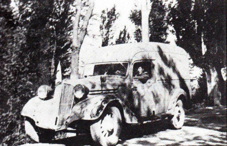 Ein weiterer dänischer Freiwilliger und Krankenwagenfahrer während des spanischen Bürgerkriegs, Marius Christiansen im Krankenwagen Nr. 7