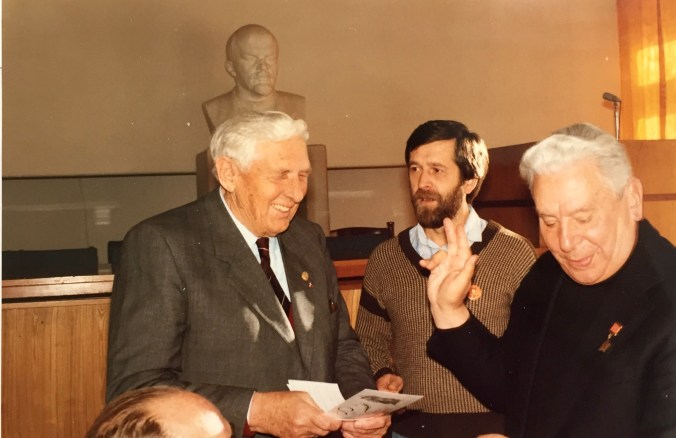 The award ceremony: from left to right: Marius Christiansen, the interpreter and Alexander Osipenko, 1988. Photo: private ownership