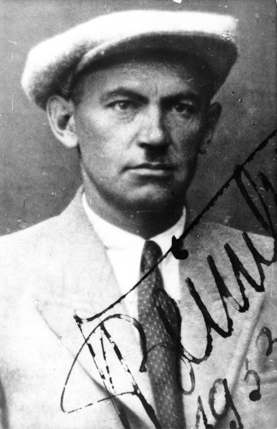 Pasfoto af Hans Beimler, Moskva, juli 1933