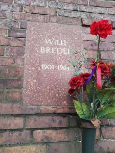 Willi Bredel's grave at the Memorial to the Socialists in the Central Cemetery Friedrichsfelde in Berlin-Lichtenberg