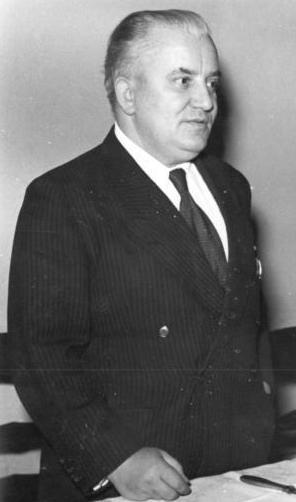 Willi Bredel auf einer Pressekonferenz, 5. Januar 1951