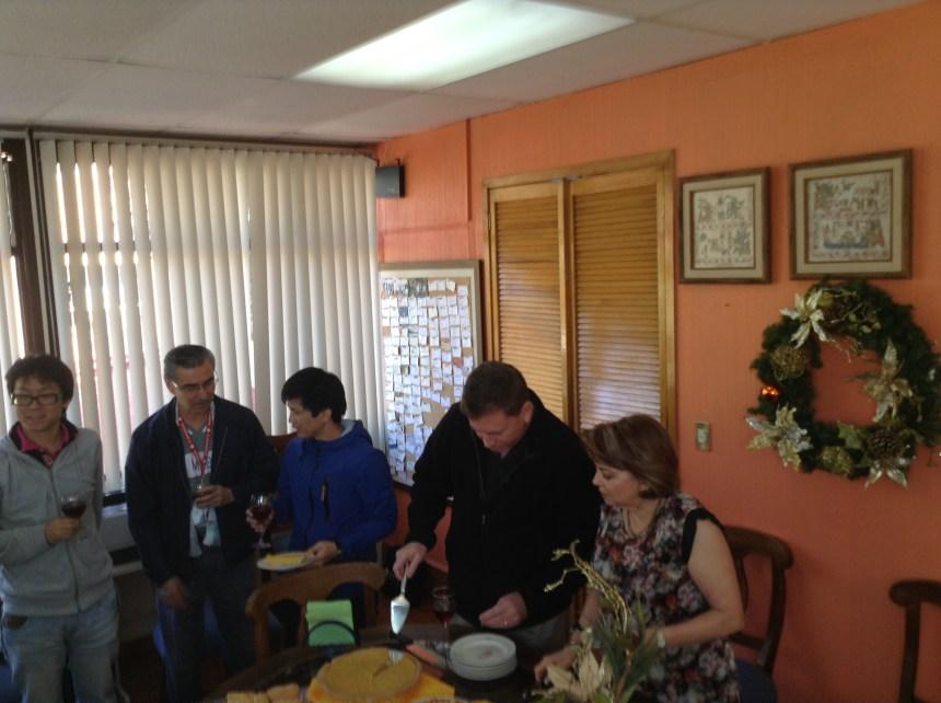 Estudiantes y maestros compartieron agradables momentos en el festejo del Día de gracias.