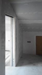 Trockenbau Innenausbau Deckenverkleidung Trennwand mit integrierter Schiebetür