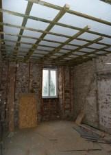 Trockenbau Innenausbau bestehend aus: Bodenaufbau neu Innenwanddämmung Gipskartondecken abgehängt Fenster Lieferung und Montage Türelemente Lieferung und Montage