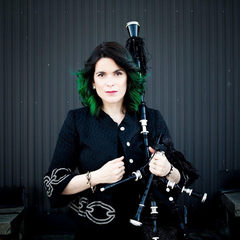 Cristina Pato, Galician bagpiper. Photo by Xan Padron