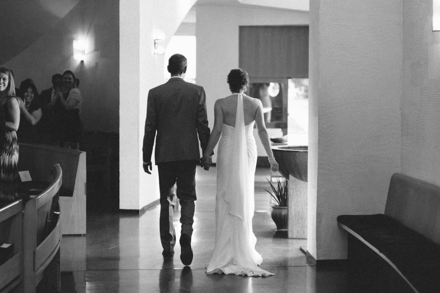 seattle university chapel wedding photos