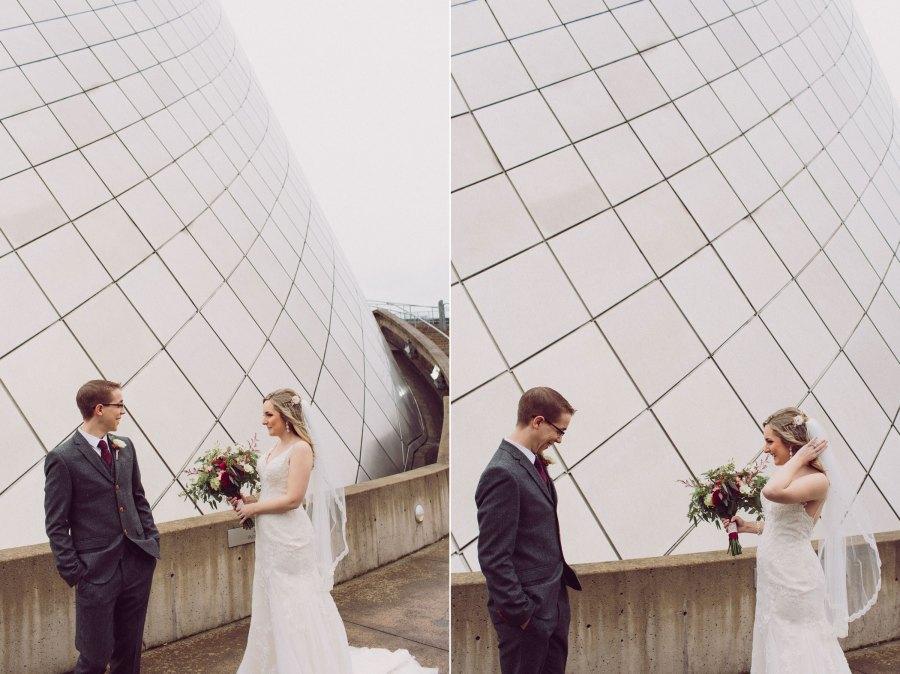 tacoma-wedding-first-look