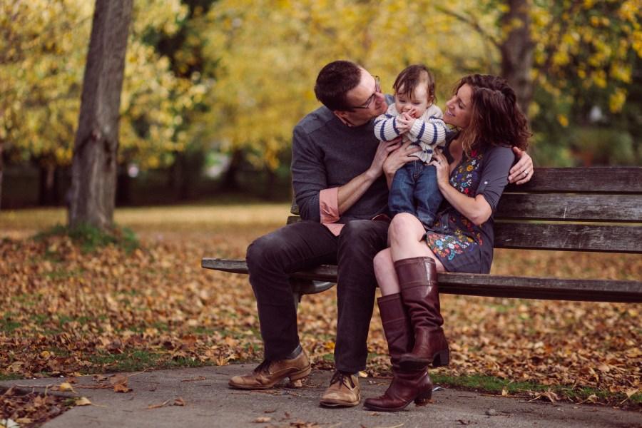 fall family photos at green lake