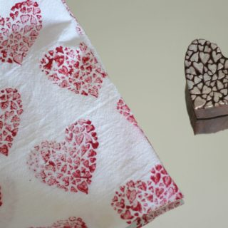 You can make this wooden block heart stamped tea towel in 15 minutes! It's a perfect craft for Valentines Day!