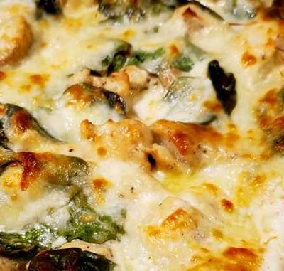 Extra Creamy Chicken Alfredo Lasagna