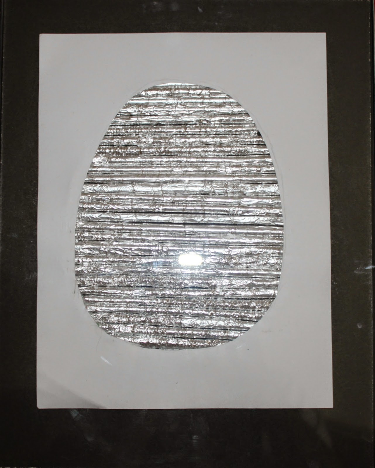 Aluminium foil Easter egg wall art