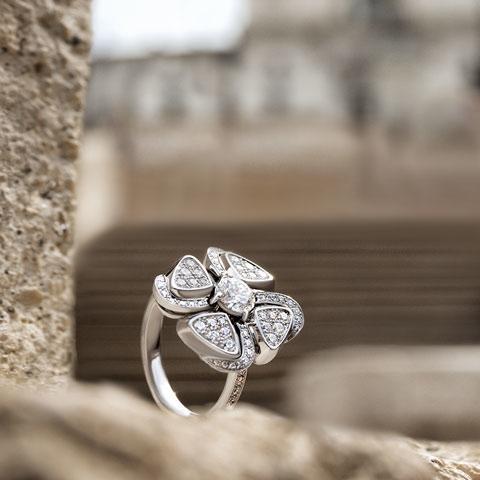 Bulgari Fiorever diamond ring