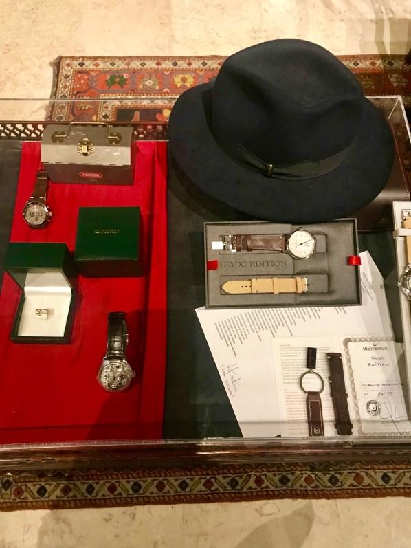 Anuário Relógios e Canetas