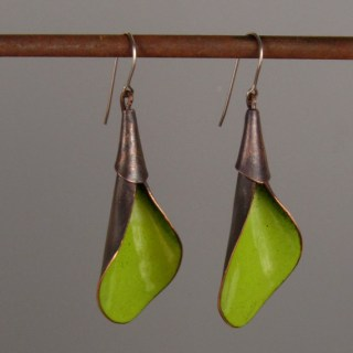 PityFab - Green Leaf Earrings