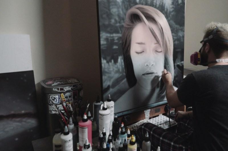 Daniel Dust painting in studio
