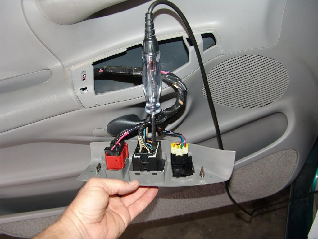 sparky's answers 1997 ford f150, power windows inop F150 Door Wire Harness this 1997 ford f150 came in with three complaints the power windows do not work the wipers do not work and the interior lights do not work f150 door wiring harness