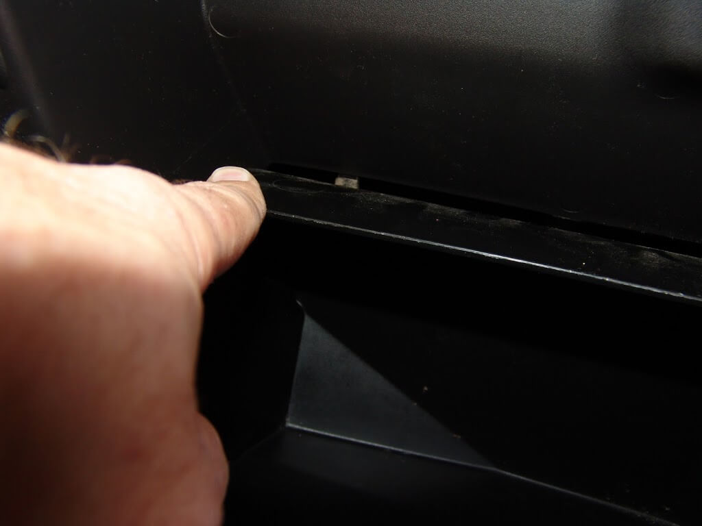 Car Fuse Box Making Noise : Fuse box in car making clicking noise edge