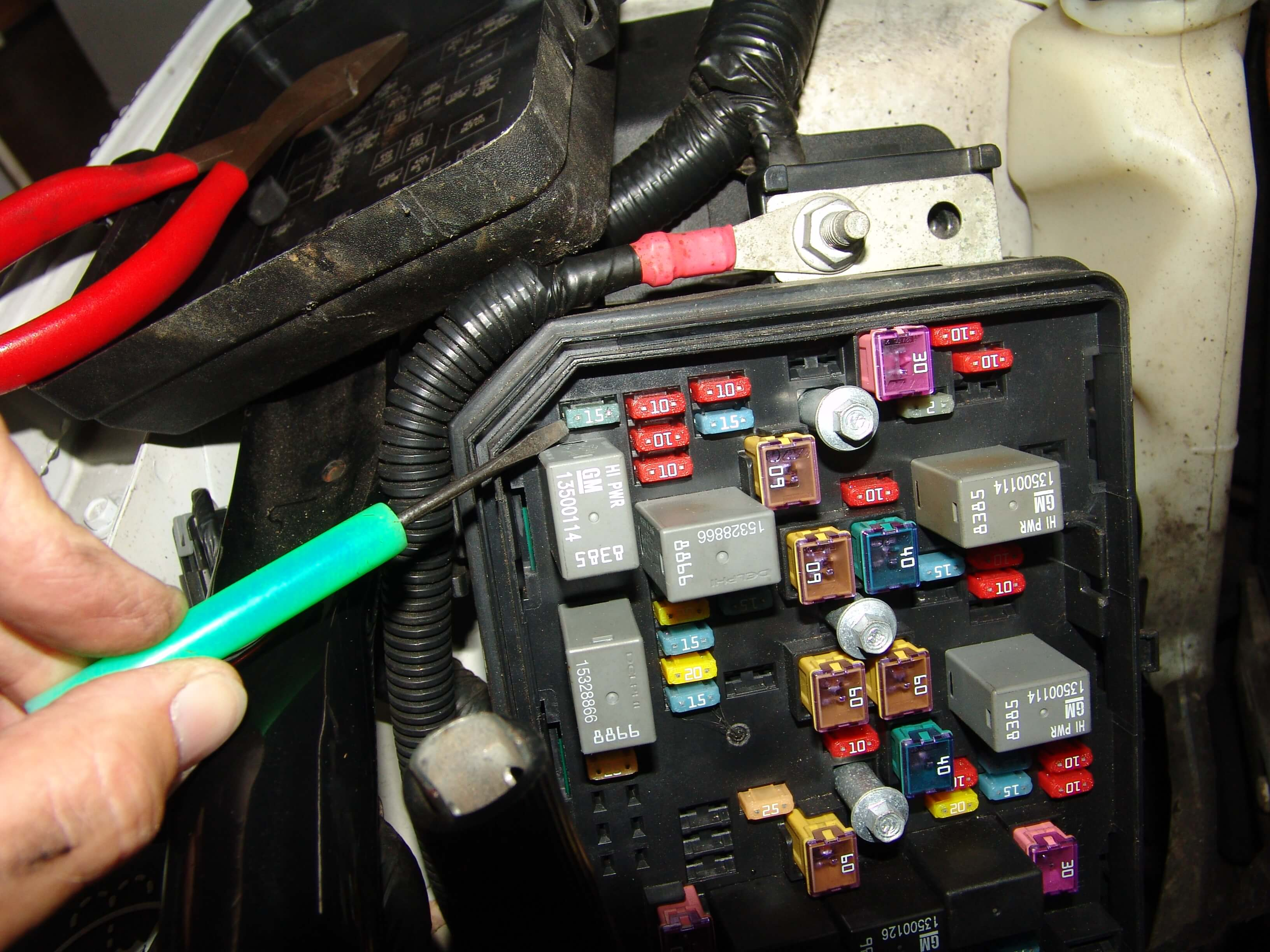 2007 Chevrolet Uplander Fuse Box Location Sparky S Answers 2011 Chevrolet Impala Fuel Pump Not Working