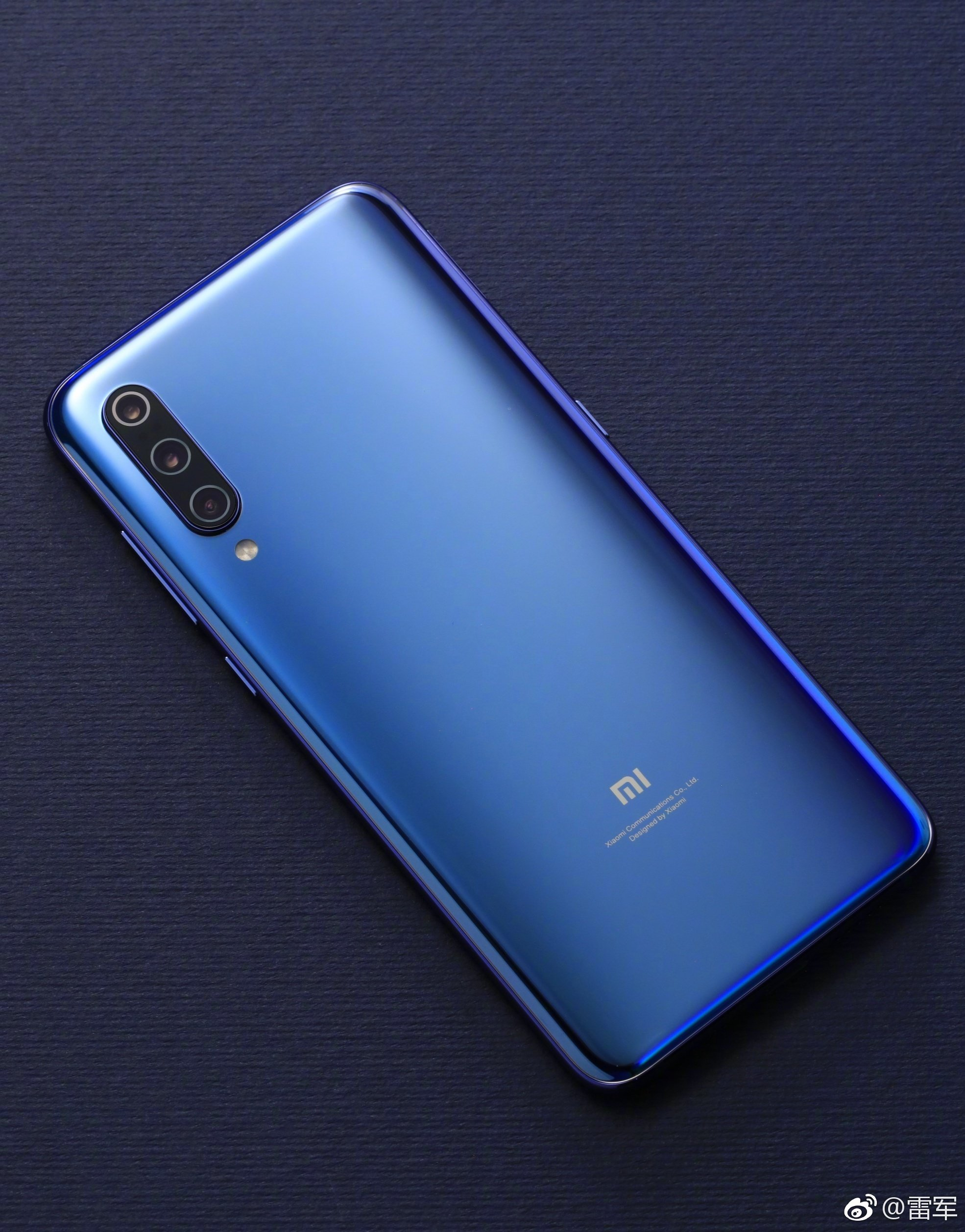 Xiaomi 9 Blue Color