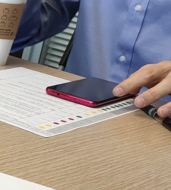 Redmi Snapdragon 855 Flagship Exposure: Using Pop-up Camera 1