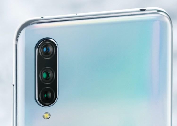 Xiaomi CC9 First Look
