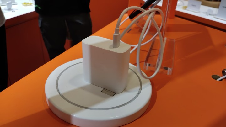 Oppo 125W Prototype phone and Charger