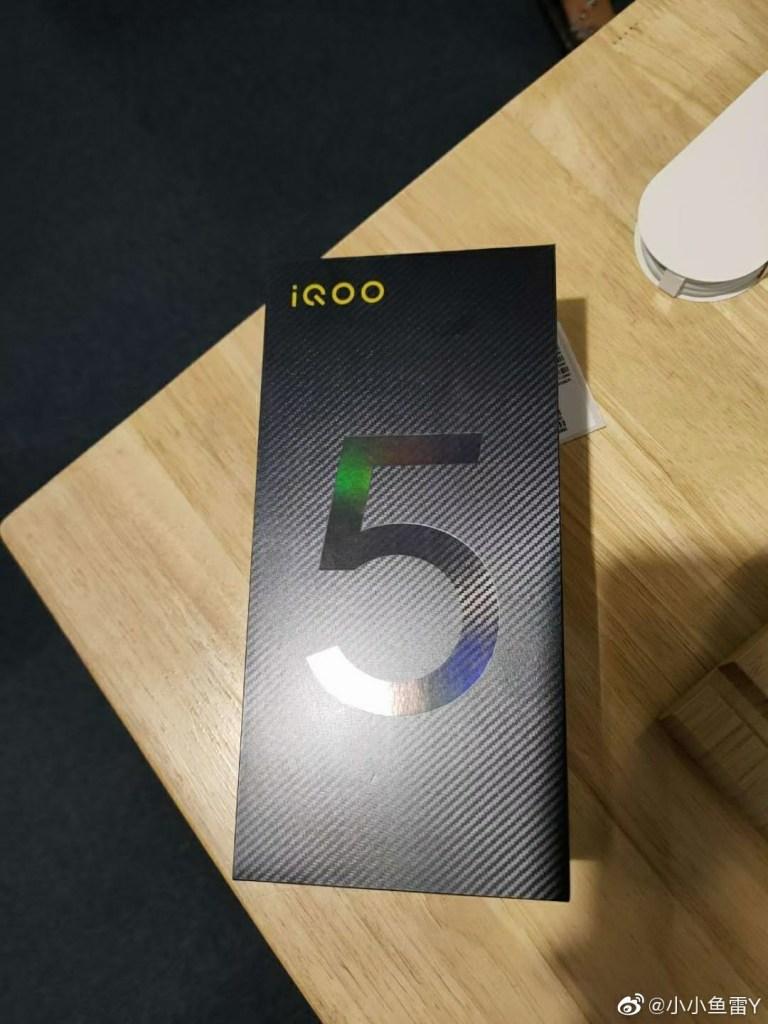 iQOO 5 Pro Live Photos