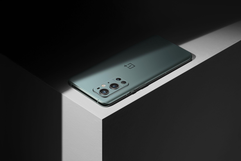 OnePlus 9 Pro Pine Green