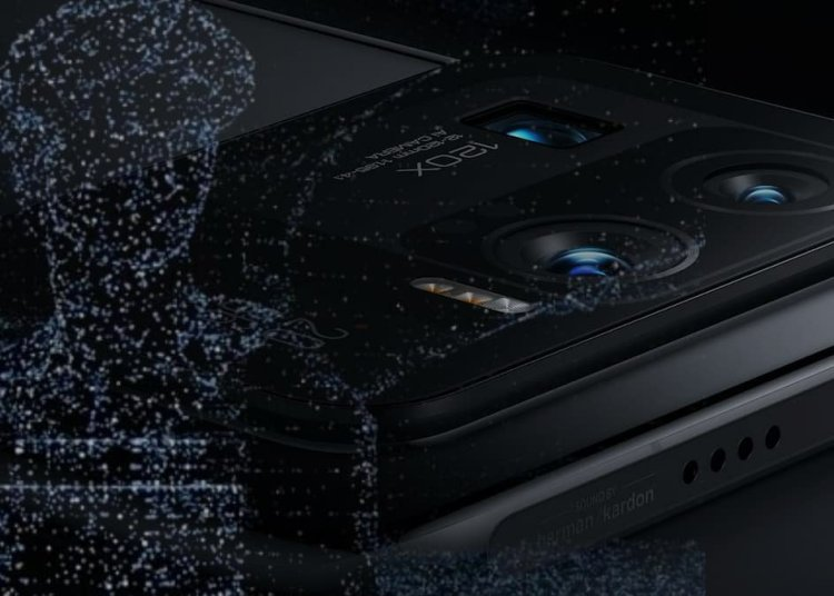 Xiaomi 11 Ultra dToF Laser Focusing System and Dual Native ISO Fusion Detailed