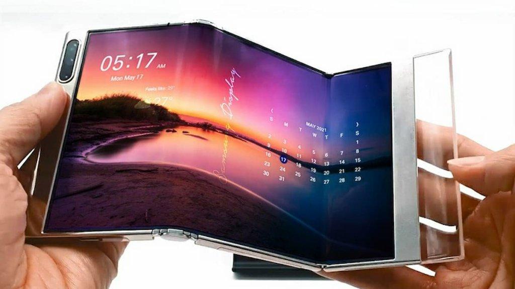 Samsung S-foldable, Samsung Slidable, Samsung 17-inch Foldable and UPC Ahead of SID