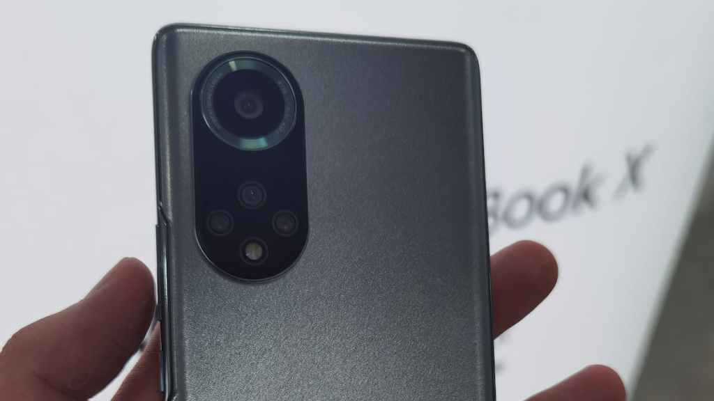 Huawei Nova9 Pro Real-life Photos and Specifications