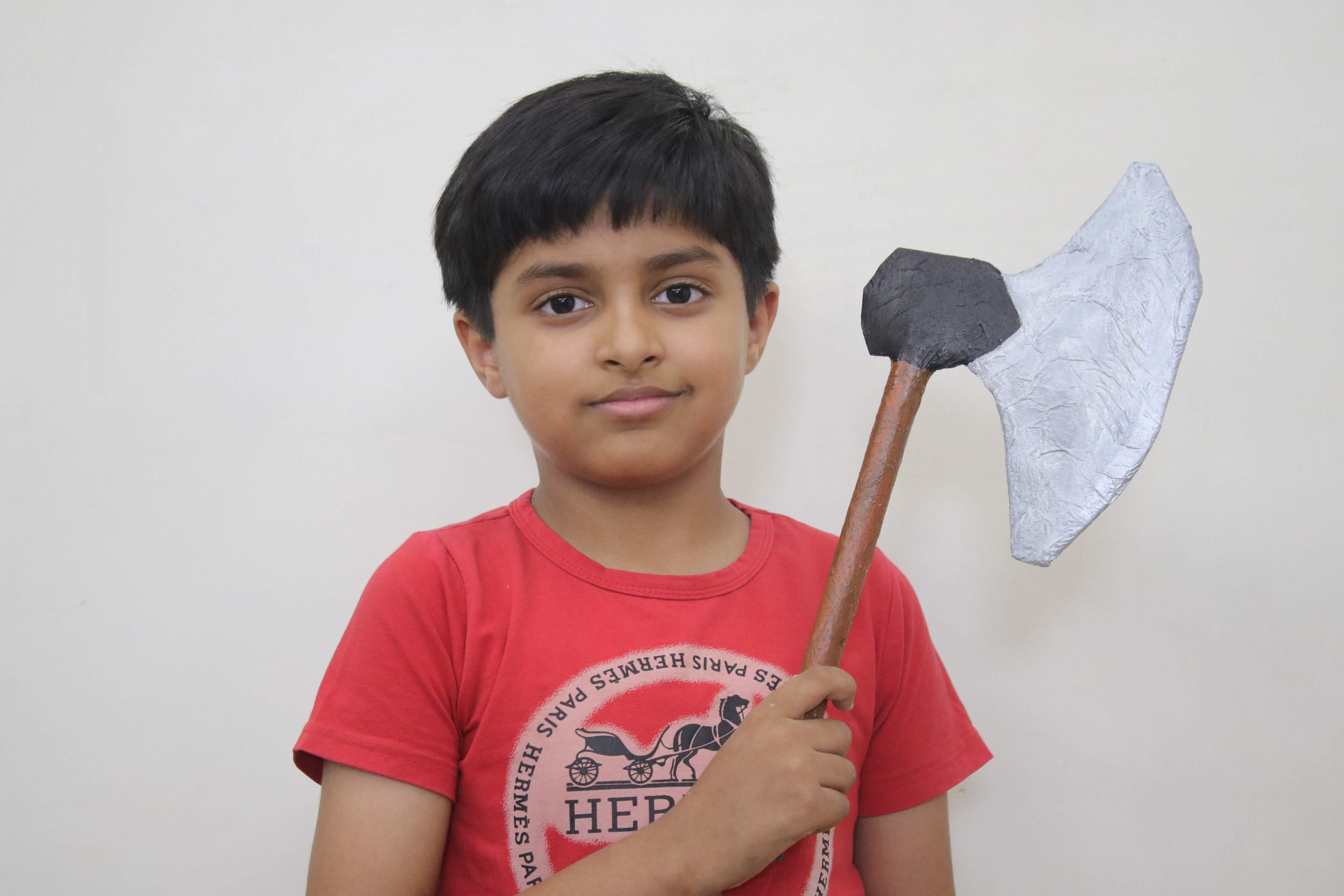 Battle axe paper craft diy