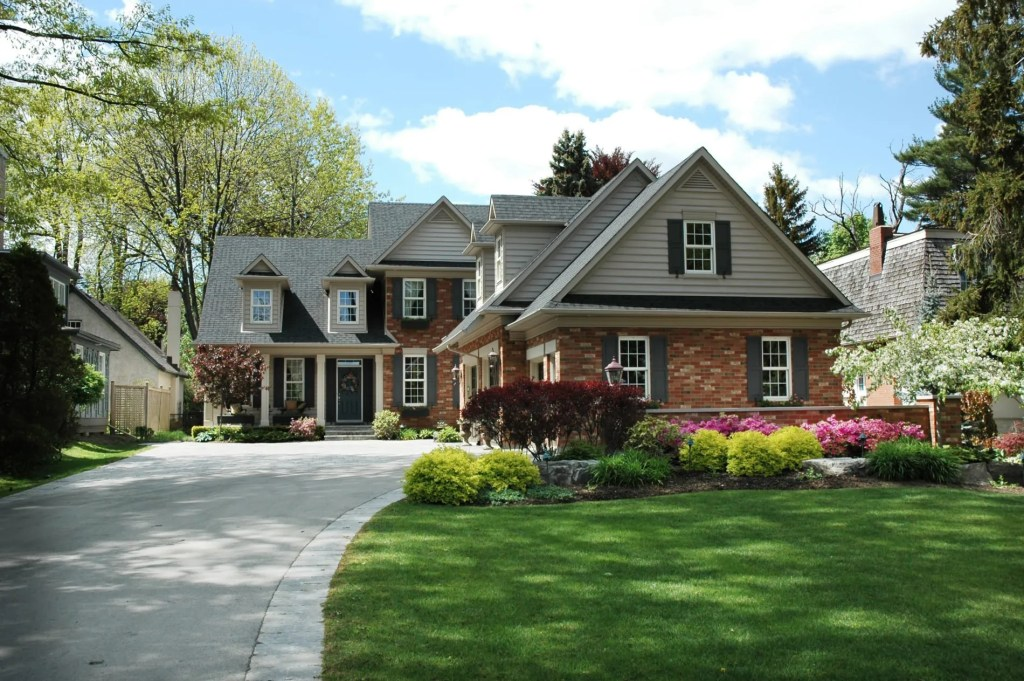 Lawn Care and Services in Lansing
