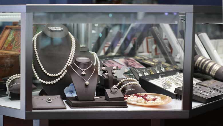 Spartan Showcase - Jewelry Case