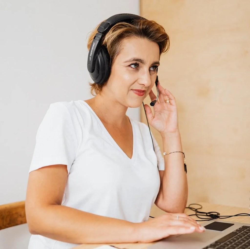 sales prospecting on phone; phone prospecting