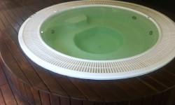 Summerplace Rimflow Jacuzzi in Wooden Deck