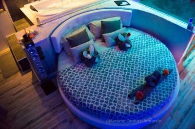 spa privata in camera letto rotondo