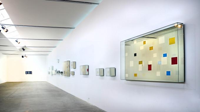 Look at you, Guardati, veduta della mostra di Chiara Dynys, 2012