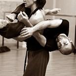 danza-contact-improvisation-federicapaola