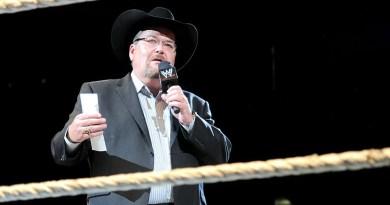 WWE: Jim Ross rifiuta l'invito di Vince McMahon