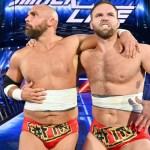 WWE: Un fan è stato allontanato dall'arena perché ha sputato in viso ai Revival