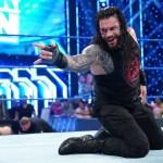 WWE: Roman Reigns si congratula con Keith Lee