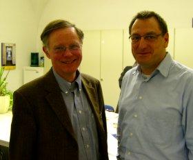 Der alte Fraktionsvorsitzende Dr. Joachim Fischer (links) und sein Nachfolger Axel Dyck (rechts im Bild)