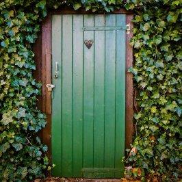 door, toilet door, peace and quiet