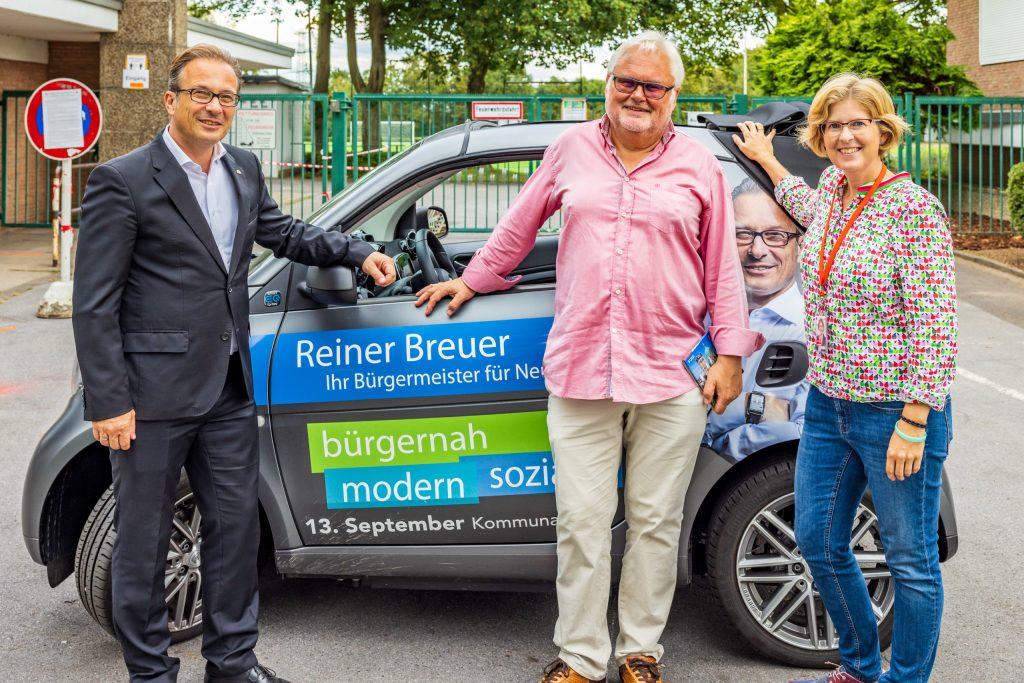 Bei Stadtteilspaziergängen in Holzheim und Gnadental mit Bürgermeister Reiner Breuer standen die Themen Grünpflege und Verkehrssituation im Mittelpunkt