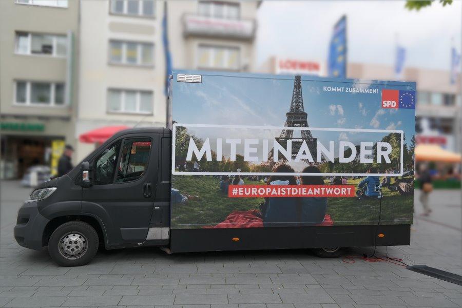 Der Duft von Brüsseler Waffeln wehte durch die Gladbacher Fußgängerzone